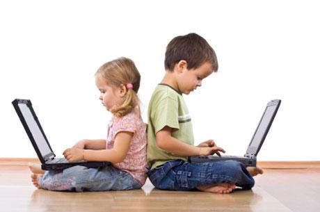 Online Psikolog | Online Terapi Akıllı Telefon ve Tablet Ekran Süresi :Çocuklar için İyi mi,Kötü mü?